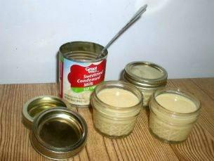 Slow Cooker Caramel Sauce Jars - haphazardhomemaker.com