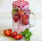 Cucumber Strawberry Water