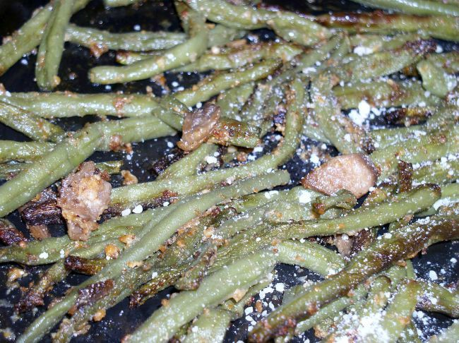 Delicious Parmesan Roasted Green Beans
