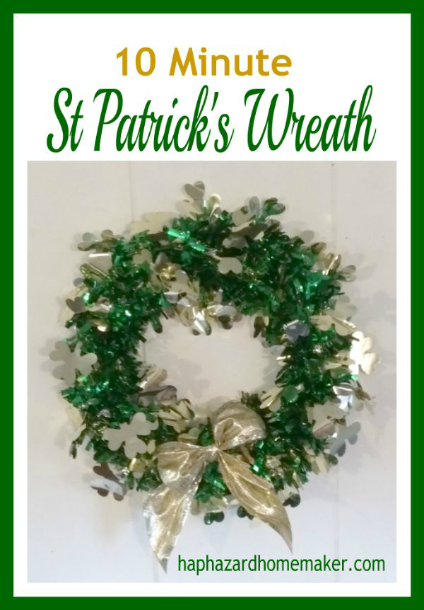 Easy St Patricks Wreath -haphazardhomemaker.com