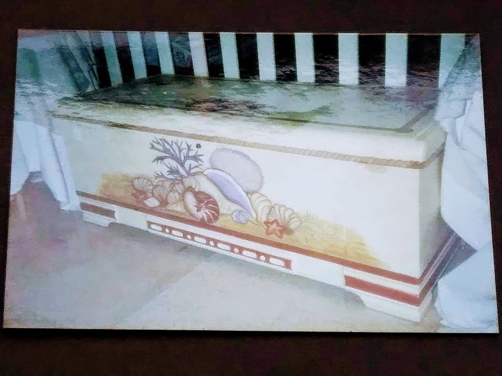 Hand Painted Sea Shell Trunk - haphazardhomemaker.com