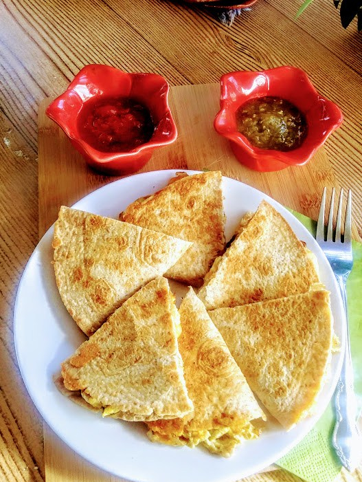Easy Homemade Quesadillas - haphazardhomemaker.com